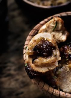 Rústica: Pollo Glaseado al Tamarindo con Puré de Cebolla