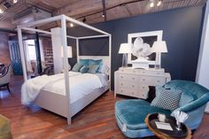 Hempstead Bed Four poster canopy milk white paint