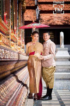 ชุดไทยวิวาห์ ชุดไทยพระราชนิยม Traditional Wedding Costume of Thailand, ชุดแต่งงานประจำชาติไทย, Thai wedding dress, The formal Thai national outfit. Thai traditional wedding dress. Thai Traditional Fashion, Thai traditional Outfits, Thai Fashion, Thai Oriental Fashion #thaiwedding #prewedding #ชุดไทยโบราณ #ชุดเจ้าสาว #เจ้าบ่าว #ชุดไทย #ชุดวิวาห์ #เครื่องประดับ #Thai #costume #silk #culture #traditional #national #dresses #bride #wedding #outfit #Siam #Thailand