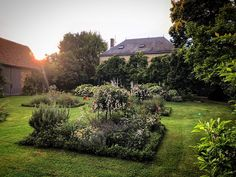 Good bye to France for the next two weeks! Looking forward to discovering beautiful places to share as I travel the USA on my book tour #mfchbooktour #myfrenchcountryhome #sharonsantoni #mygardentoday