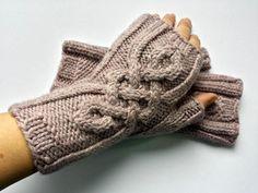 Bio Armstulpen Rosenquarz fingerlose Handschuhe  von frostpfoetchen auf DaWanda.com