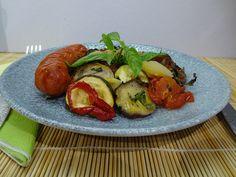 Francia lecsó, mediterrán jelleggel. Készítsd el, nem bánod meg! Ratatouille, Sprouts, Meat, Chicken, Vegetables, Churchill, Food, Blue, Red Peppers
