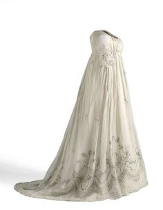dress spain 1810 | 1800-05 Digital Collections Network of Museums of Spain - CE000667