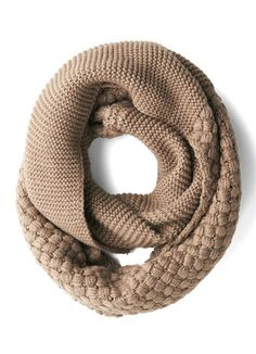 taupe circle scarf  http://rstyle.me/n/ue872pdpe