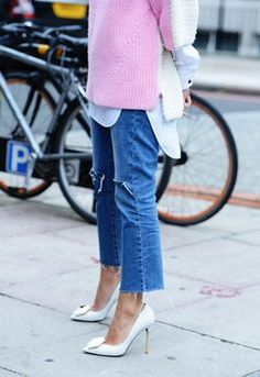 Perfectly cut-off denim. Spring Milan Fashion Week Street-Style Photos by Tommy Ton London Fashion Weeks, Paris Fashion, Street Fashion, Looks Style, Looks Cool, Fashion Photo, Love Fashion, Fashion Trends, Pastel Fashion