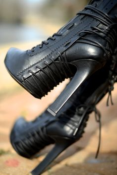 Haider Ackermann boots/Badass lace-up detailed black Boots! I wish the heel was a stiletto but I still love them as is. Bootie Boots, Shoe Boots, Shoe Bag, Heel Boot, Ugg Boots, Ankle Booties, Goth Boots, Dark Fashion, Fashion Shoes