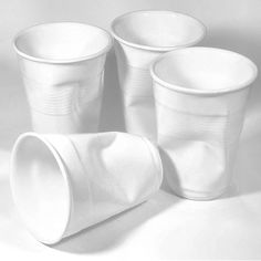 zdjęcie dodatkowe 2 Rob Brandt kubek ceramiczny zgnieciony http://www.rossi.pl/7965_rob_brandt_design_rob_brandt_kubek_ceramiczny_0001.rossi