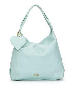 De Claire Bag Small van Fab. is een trendy tas met een hip design. De tas is gemaakt van leer en sluit met een magneetsluiting. (€199,00)