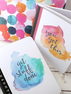 Free printables watercolor notebooks. | Imprimibles gratis para decorar tus cuadernos