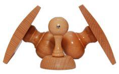 Różne typy stempli drewnianych. W naszej ofercie  znajdą Państwo ponad 50 modeli stempli drewnianych: płaskich, w formie kołyski,  kwadratowych, okrągłych.