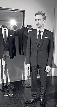 Last additions - Tom Felton at Spencer Hart's tailoring bungalow - Feltpics Draco And Hermione, Harry Potter Draco Malfoy, Harry Potter Wizard, Slytherin Harry Potter, Slytherin Pride, Harry Potter Facts, Hermione Granger, Hogwarts, Severus Snape