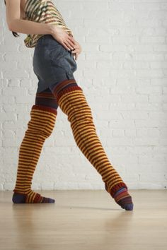 These colorfully striped, extra-long knit legwarmers will really get you in the mood to move around. Make them with your favorite colors of Vanna's Choice.