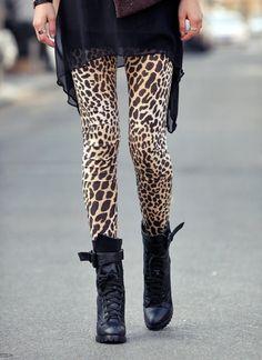 animal print leggins & combat boots Deringer (Saving With Shellie) Leopard Print Leggings, Cheetah Print, Print Tights, Giraffe Print, Leopard Pants, Pink Cheetah, Print Pants, Winter Leggings, Tunic Leggings