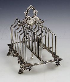 English Gothic style antique silver toast rack by Charles Fox London 1836 Silver Trays, Silver Spoons, Silver Plate, Vintage Silver, Antique Silver, Vintage Toaster, Art Nouveau, Gothic, Toast Rack