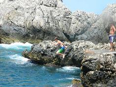 Meu filho mergulhando em Capri. Itália, Julho de 2012.
