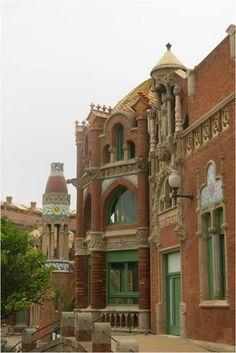 Casinha colorida: Visita incomum em Barcelona: Hospital de la Santa Creu i Sant Pau