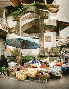 Ubud Local Markets. Lara Hotz Photography.  Amazing photo!