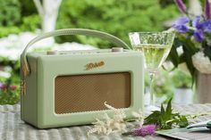 Roberts RD60 Revival DAB/FM RDS Digital Radio with Up to 120 Hours Battery Life - Leaf: Amazon.co.uk: Electronics