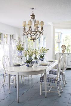 Färgidé bord och stolar