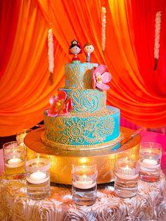 Turquoise and Gold Buttercream Wedding Cake Diy Wedding Cake, Wedding Cake Photos, Buttercream Wedding Cake, Unique Wedding Cakes, Wedding Cake Designs, Wedding Desserts, Wedding Cake Toppers, Gold Wedding, Beautiful Cakes