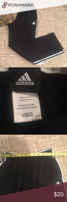 ADIDAS BLACK WHITE SWEATPANTS GIRLS BOYS LARGE Super cute and comfortable for everyday wear girls large : boys large adidas Bottoms Sweatpants & Joggers