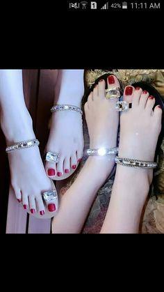 Girls Sandals, Girls Shoes, Crochet Barefoot Sandals, Navratri Special, Bridal Sandals, Stylish Sandals, Tory Burch Sandals, Shoes Heels Pumps, Glitter Shoes