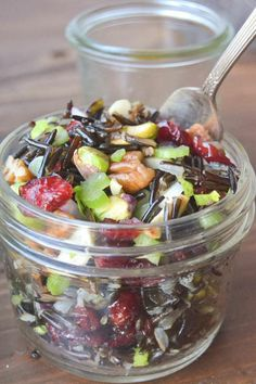 Wild Rice Salad with Cranberries and Nuts(Wild Rice Recipes) Best Thanksgiving Side Dishes, Healthy Thanksgiving Recipes, Vegan Thanksgiving, Healthy Recipes, Salad Recipes, Thanksgiving Traditions, Easy Recipes, Wild Rice Recipes, Wild Rice Salad
