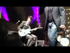 """EELS w/Steve Perry """"Open Arms"""" live @Matty Chuah Fitzgerald Theater (St. Paul, MN)"""