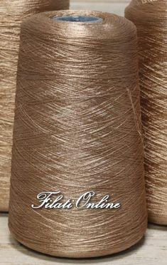 Crochet Yarn, Drink Sleeves, Embroidery, Yarns, Beautiful, Beaded Embroidery, Macrame Art, Crocheting, Tejidos