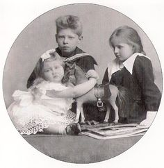 Elisabeth with Carol and Mignon of Romania Romanian Royal Family, Grand Duke, Royal Weddings, Ferdinand, My Princess, Queen Anne, Royals, Descendants, Edinburgh