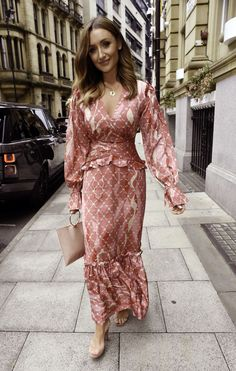 Catherine Tyldesley – Brooke Vincent's Baby Shower Brooke Vincent, Catherine Tyldesley, Stella Maxwell, Celebration Gif, Online Photo Gallery, Beautiful Actresses, Manchester, Wrap Dress, Baby Shower