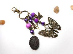 A parfumer!!! bijou de sac papillon perles violettes : Porte clés par breloques-et-cie