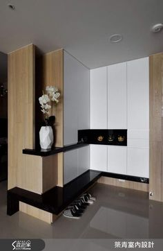 Extraordinary Latest Cupboard Designs with Modern Shelves Ideas Latest Cupboard Designs, Bedroom Cupboard Designs, Wardrobe Design Bedroom, Interior Walls, Best Interior, Modern Interior, Modern Furniture Design, Armoire D'angle, Corner Wardrobe