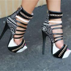 Aztec Print Platform Heels https://www.myshoebazar.com/shoes/cut-out-print-platform-heels/