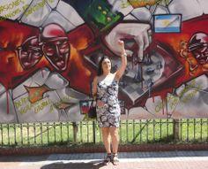 Mi amiguita Maite en Argentina con lindo vestido