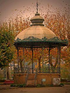 O Coreto de Coimbra Coimbra Portugal, Gazebo, Portuguese, Beautiful Landscapes, Photos, Outdoor Structures, Country, Architecture, Travelling