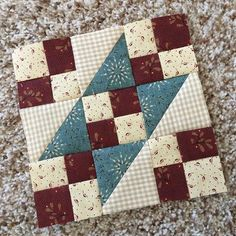 Spirit of America-Block 1 of Buttermilk Basin's Free Sew-a-Long. I'm using scraps from my Kim Diehl stash but BB has a beautiful Spirit of America collection if you're looking for something fresh and new. Thanks, Stacy West, for this fun project. Sampler Quilts, Scrappy Quilts, Mini Quilts, Patchwork Quilting, Quilting Projects, Quilting Designs, Sewing Projects, Quilting Ideas, Patchwork Designs