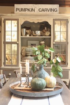 love this fall room by My Sweet Savannah!