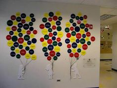 Donor Walls by Honorcraft. All of our donor wall designs can be modified to meet your requirements. Wall Murials, Tree Wall, Donor Wall, Memory Tree, School Displays, Employee Engagement, The Balloon, Wall Design, Balloons