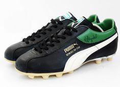 #footballmuseum #football #soccer #futbol #fussbal #footballboots 1977 Puma Heynckes Top Star Football Boots