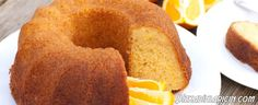 Elmalı Tarçınlı Kek Resimli Tarif - http://www.bizkadinlaricin.com/elmali-tarcinli-kek-resimli-tarif.html  Elma içeriğinde pek çok vitamin bulunan oldukça faydalı bir meyvedir. Elmalı kek nasıl yapılır? resimli tarif makalemizde aşama aşama elmalı tarçınlı kek yapımını anlattık. Malzemeler 2 su bardağı şeker Yarım su bardağı yağ 2 yumurta 2 tatlı kaşığı sıvı vanilya özü 3 su bardağı doğranmış elma 3 su bardağı un 1 tatlı kaşı