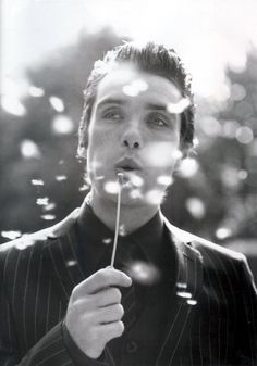 I don't have a burning passion to live in America per se but I would certainly like to work there. Cillian Murphy