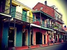 The French Quarter. Birthplace of jazz and street arts <3