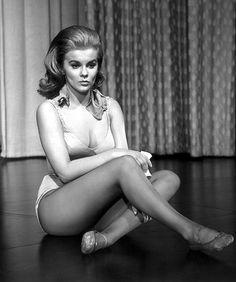 Ann-Margret Inger Stevens, Old Celebrities, Celebs, Raquel Welch, Vintage Beauty, Ballet Shoes, Dance Shoes, Betty Brosmer, Hollywood Girls