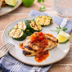 Chicken seasoned with Sí Sí Cilantro Seasoning, grilled and topped with Mango Grilling Sauce. Grilled Zucchini, Grilled Chicken, Mango Grill, Weeknight Meals, Easy Meals, Mango Salsa Chicken, Tastefully Simple Recipes, Mango Sauce, Chicken Seasoning