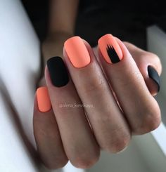 Want some ideas for wedding nail polish designs? This article is a collection of our favorite nail polish designs for your special day. Square Nail Designs, Black Nail Designs, Short Nail Designs, Nail Polish Designs, Acrylic Nail Designs, Cute Acrylic Nails, Cute Nails, Pretty Nails, My Nails