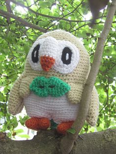 This pattern will teach you how to make a large Amigurmi of the new Owl Pokemon, Rowlet!