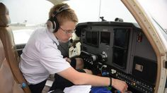 Teen Completes Solo Flight Around The World - http://www.4breakingnews.com/u-s/teen-completes-solo-flight-around-the-world.html