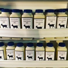 Raw goats milk! Raw Milk, Happy Monday, Goats, Instagram, Goat