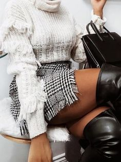 Top| Sweater| White| High neck| Turtleneck| Long sleeve| Tucked in| Skirt| Mini| Black| Checkered| Multicolored| Short| Leg| Boots| Thigh high| Shoes| Heels| Leather| Bag| Purse| Handbag| Fall| Autumn| P769